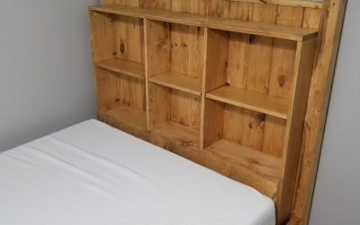 Full Size Pine Bed